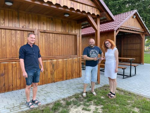 Předání nových dřevěných staveb na hřišti TJ Rozkvět