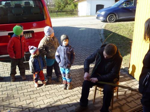 Názorná ukázka pletení tatarů