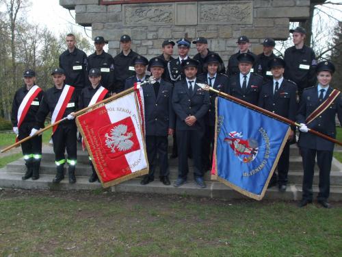 společné foto polských ačeských hasičů